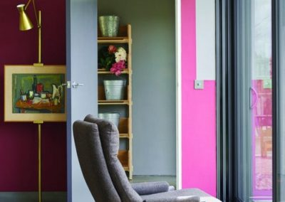 tfarrow_ball1-spring-farrow-and-ball-radicchio-pink-walls-gray-door